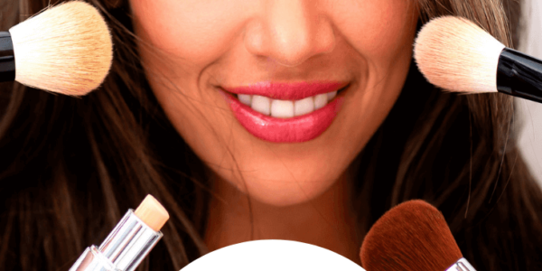 Quick Makeup Tips To Help You Look Younger